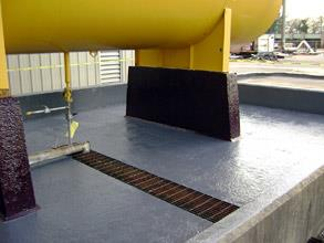 Lining of sulphuric acid bund using Belzona 4311 (Magma CR1)